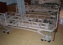 Normal_2_linak_hospital_bed_frames