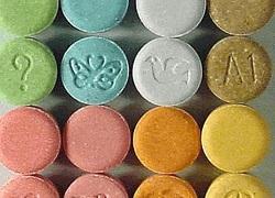 Normal_ecstacy_monogram_xtc_pillen_medicijnen